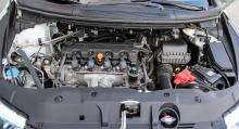 Motorn har kamkedja, som normalt är underhållsfri.