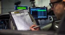 Bilarna är utrustade med noggrann GPS-utrustning och V-Box för att ge exakta resultat. Men ännu kvarstår ett mått av analogt testarbete.