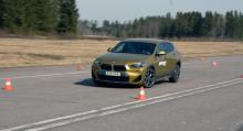 BMW gick tryggt i undanmanövern men inte snabbast – det gjorde Lexus.