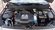 136 hästkrafter mot tidigare 120, kompenserar för det nya batteriets högre vikt.