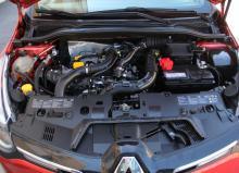 Motorerna har i de flesta fall kamkedja.