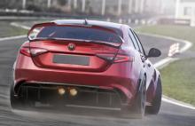 Alfa Romeo Giulia GTA officiell: 30 hästar mer – 100 kilo mindre