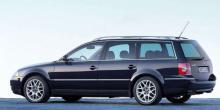 Fyra pipor avslöjar W8-versionen. Modellen fanns även som Variant, kombi alltså. Redan 2002 kom Phaeton och satte sig på högsta stolen, men inte med W8-motor.