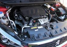 En av de vanligare motorerna, trecylindrig maskin på 1,2 liter och 130 hk.