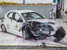 """Toyota Yaris får toppbetyg i krocktest – nya """"specialkudden"""" hyllas"""