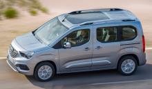 Också den mindre familjebussen Meriva är ersatt av en ny modell som baseras på en transportbil. Kommer med eldrift framöver.