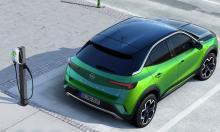 Svenskt pris på Opel Mokka-e – så mycket kostar nya elbilen
