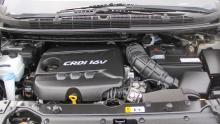 Dieselmotorer är vanligast, Carens delar drivlina med Ceed.