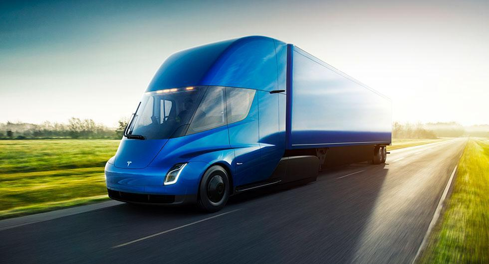 Teslas mål med lastbilen: Räckvidd på 100 mil