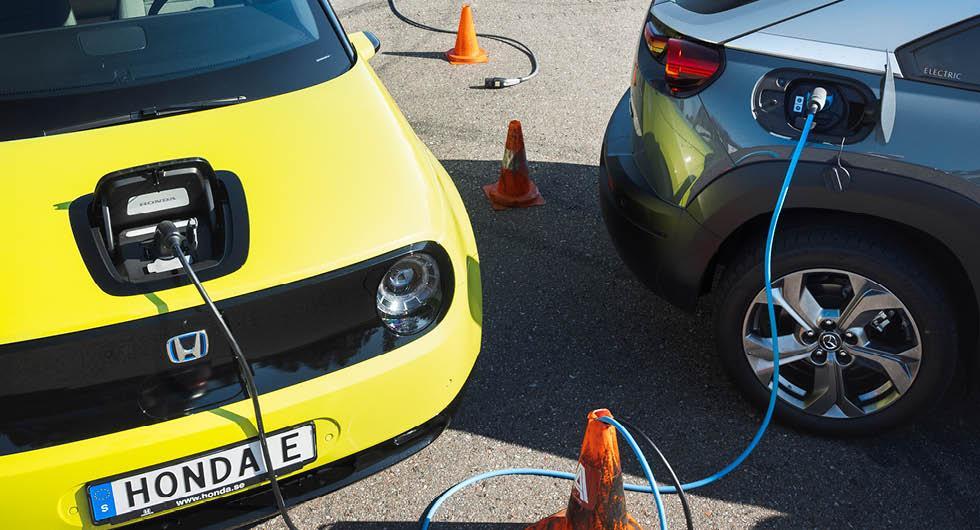 Bilköparna avslöjar viktigaste elbilshindret