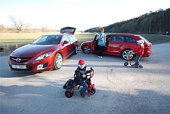"""Ar det Mazda6 eller Audi A4 som bäst passar familjen med """"aktiv fritid"""" (som det brukar heta i reklamen…)?"""