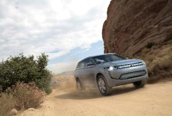 Bildspel: Mitsubishi visar ny laddhybrid