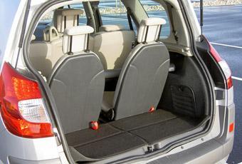 Med sju sittplatser blir utrymmet för bagage litet.