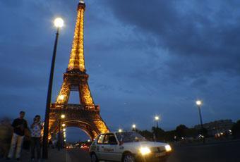 Bildspel: Äntligen framme - franska polisen gav med sig