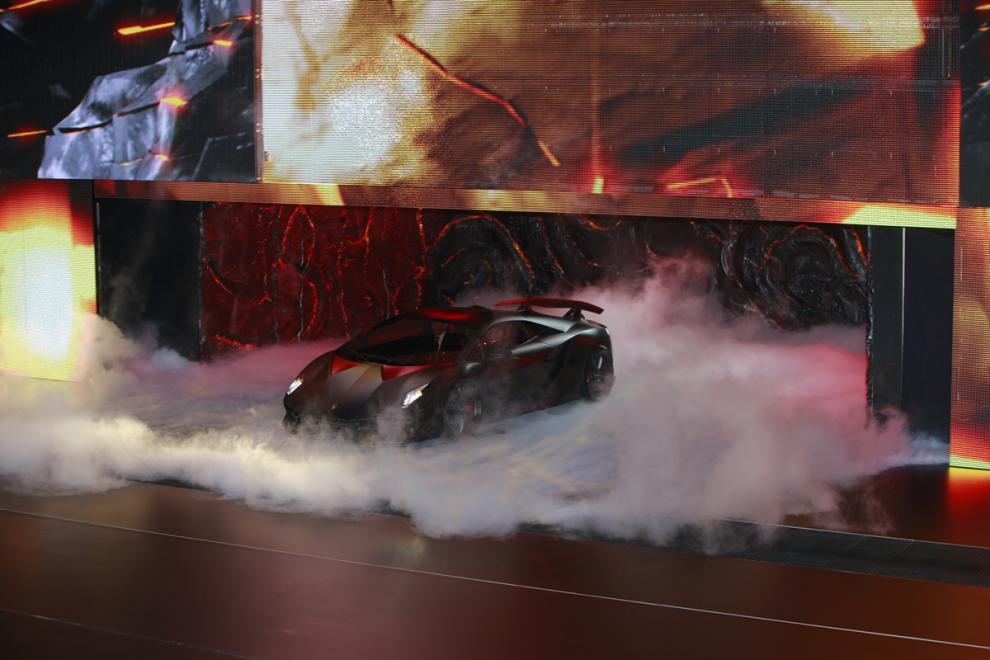 Paris 2010: Lamborghini Sesto Elemento