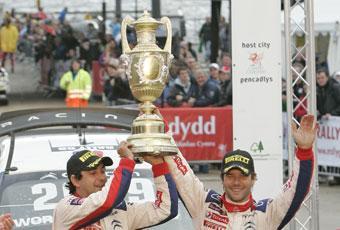 Kartläsare Daniel Elena och Sébastien Loeb.