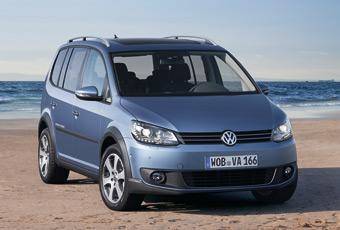 Bildspel: Volkswagen CrossTouran blir tuffare