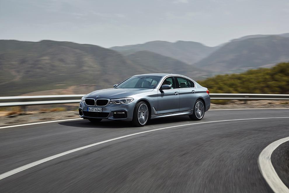 BMW 5-serie sedan 2017 – 21 bilder