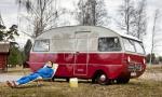 Bildspel: Sverigeresa med två unika husbilar