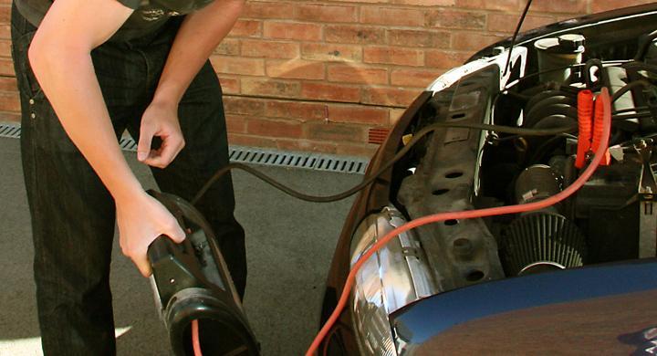Bilfrågan: Urladdat batteri på tre veckor?