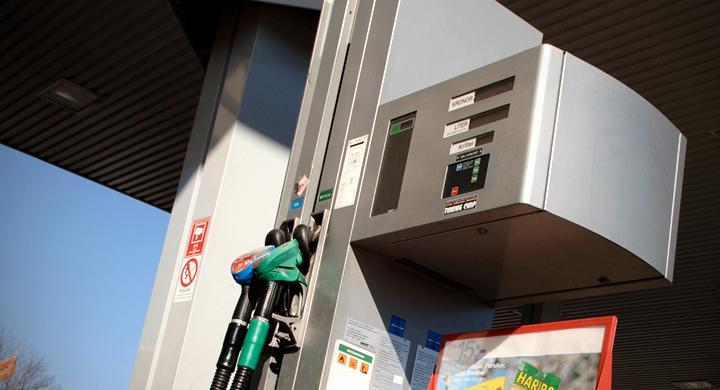 Bilarna som klarar nya E10-bensinen