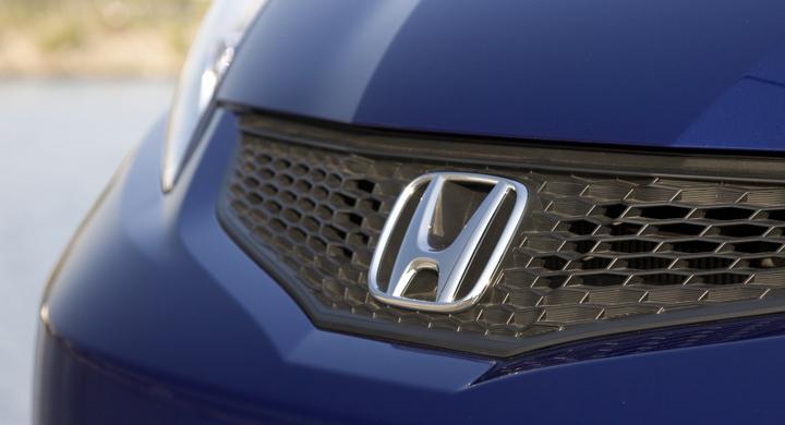 Honda återkallar 700 000 bilar