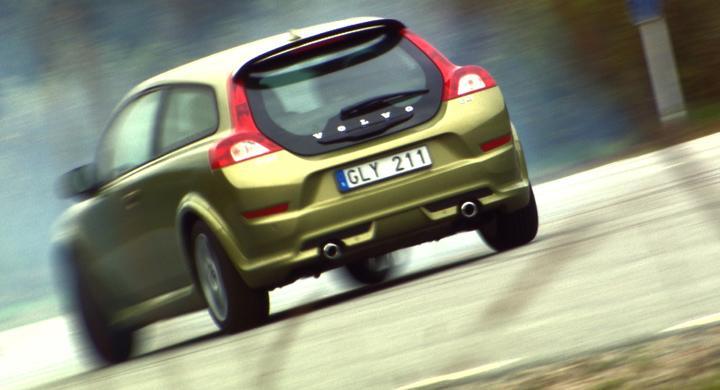 Volvos utsläpp minskar mest