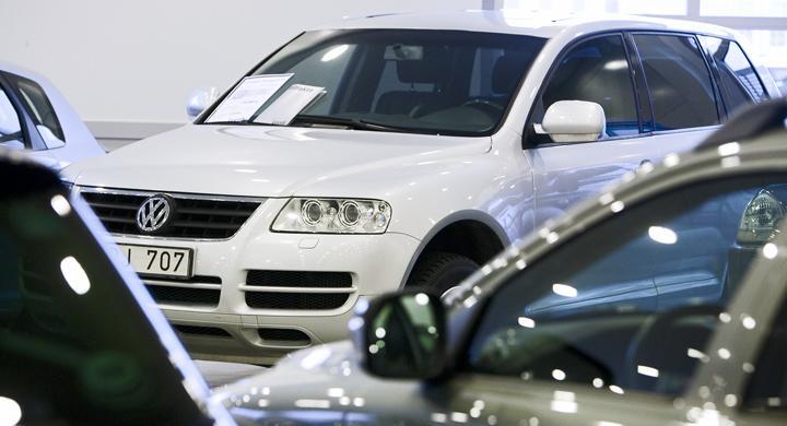 Säljprognos för bilar skruvas upp