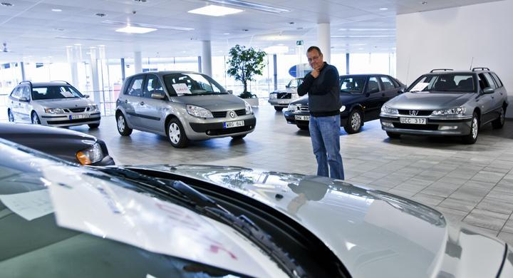 Priserna rasar för begagnade bilar
