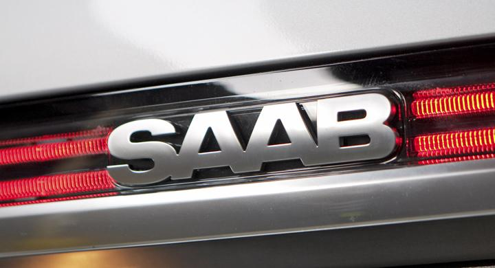 Höjde arvoden när Saab stod stilla
