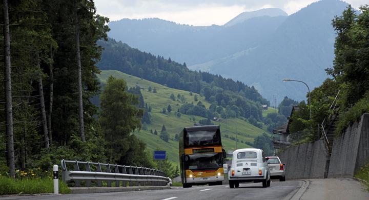 Kör bil runt sjön Bodensee