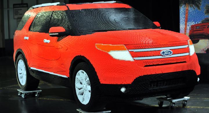Ford Explorer i 380 000 bitar