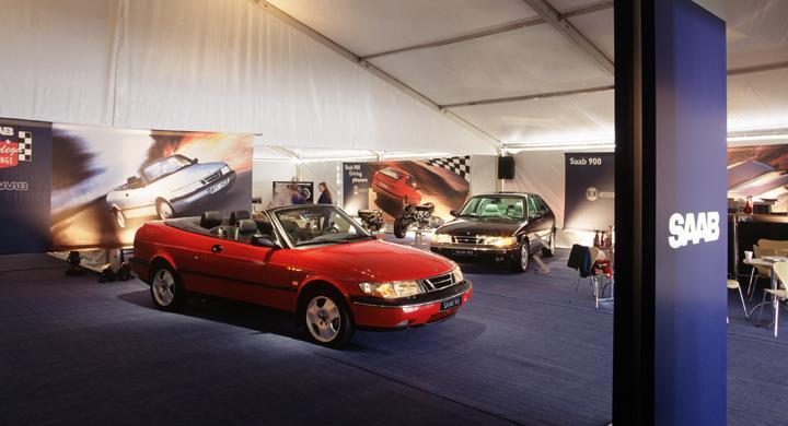 Saabs bilsamling tagen i beslag