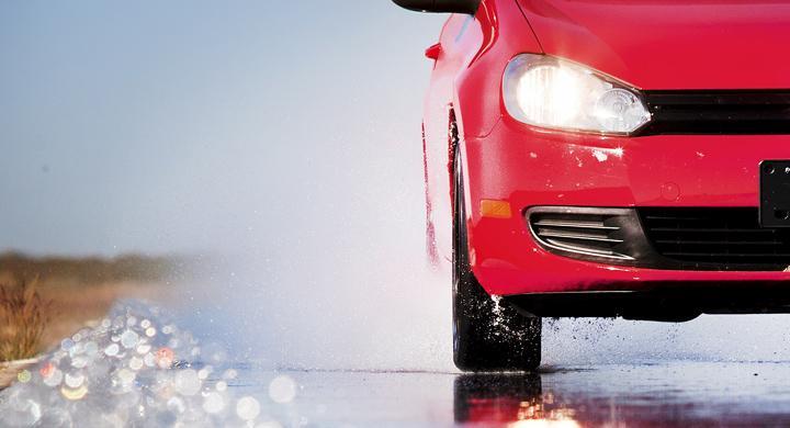 Bilfrågan: Varför vibrerar sommardäcken?