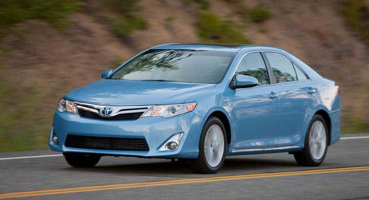 Toyota-vinst större än Detroit-trios