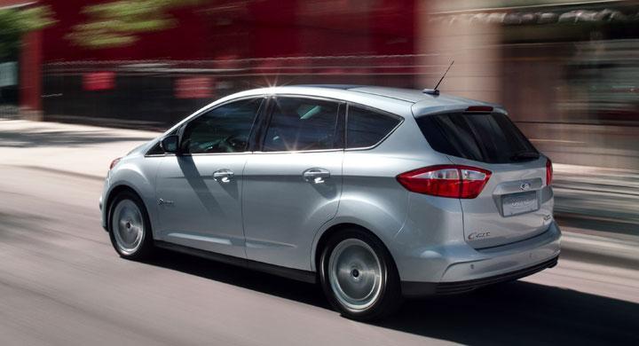 Ford stäms av bilköpare