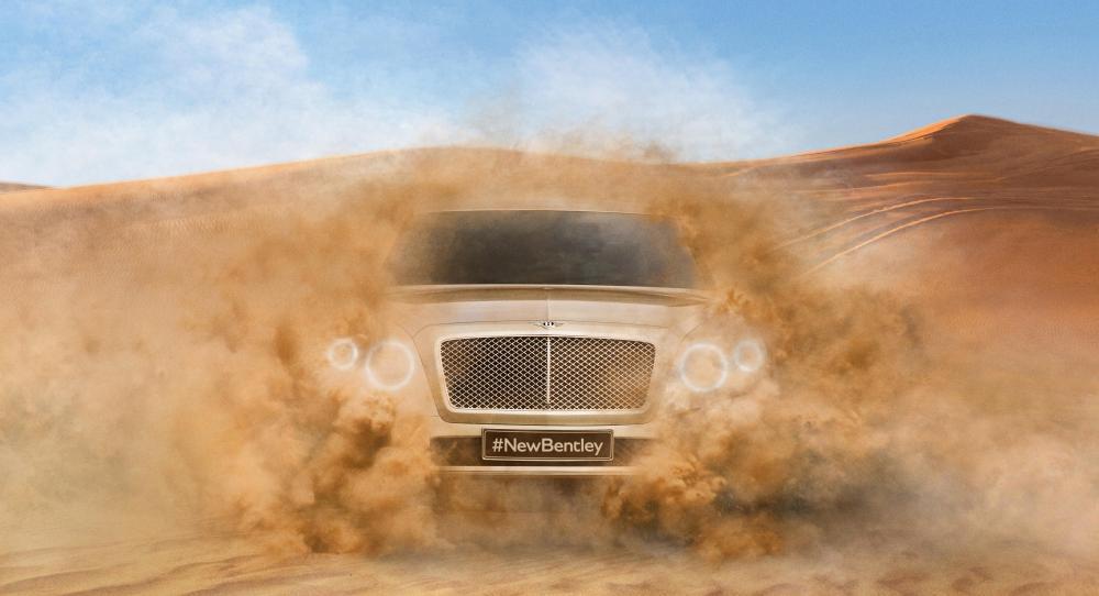 Första bilden på Bentleys suv