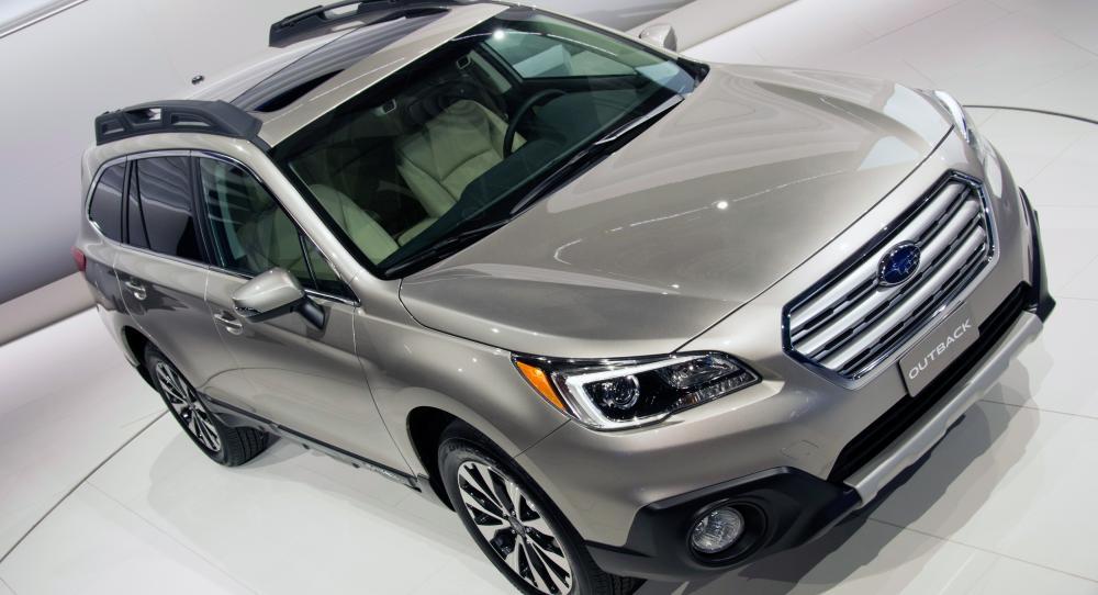 Subaru Outback (2015) - presenterad i helhet