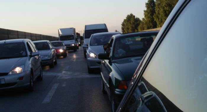 Storstadsborna spenderar mest tid på resa till och från jobbet.