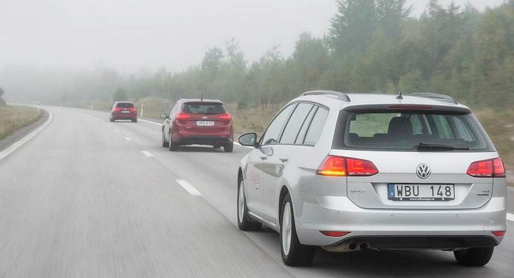 Peugeot 308 SW är mycket behaglig på långfärd, liksom VW Golf. Kia är mer tröttande att åka i.