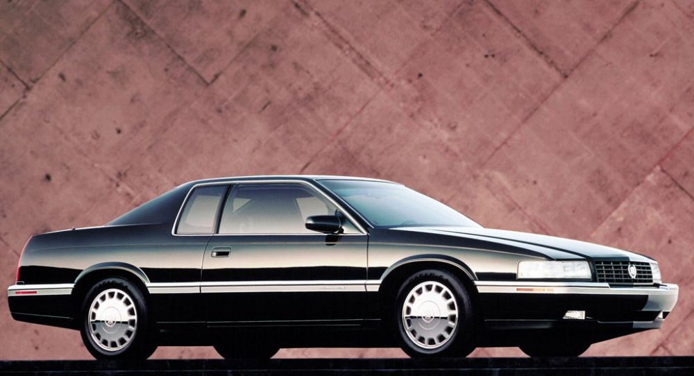 Kan en i övrigt perfekt bil klara besiktningen med fel färg på blinkerslamporna?