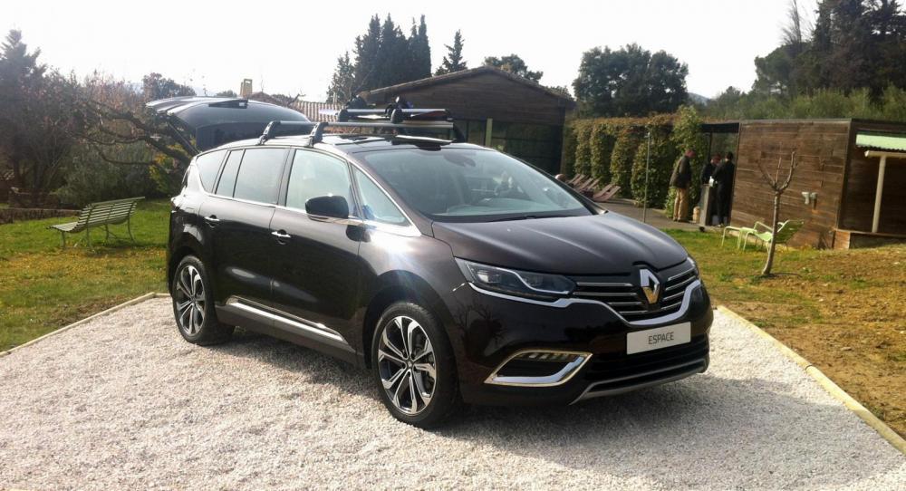 Nya Renault Espace har plats för sju men då med ett begränsat lastutrymme.