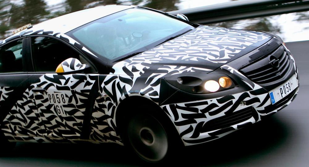 Bildquiz: Vilken är bilen under kamouflaget?