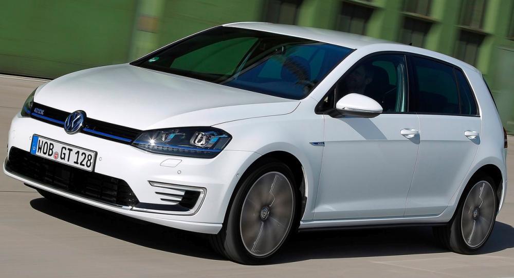 2. VW Golf.