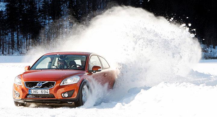 Bilfrågan: Varför är vinterdäck snålare?