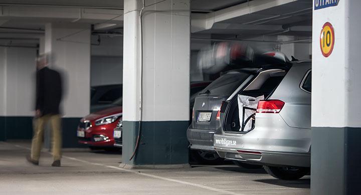 Bilfrågan: Får vi ersättning för stölden ur bakluckan?