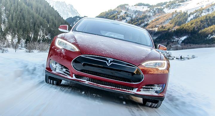 Tesla har problem med säkerhetsbältet i Model S.