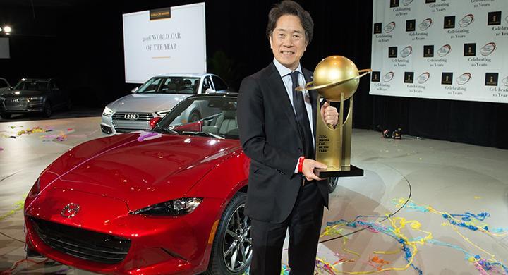 USA:s Mazda-chef Masahiro Moro är nöjd med vinsten i World Car of the Year.