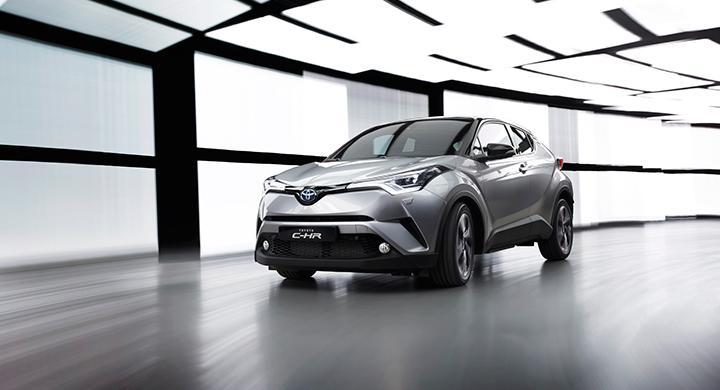 Toyota C-HR har en iögonfallande design.