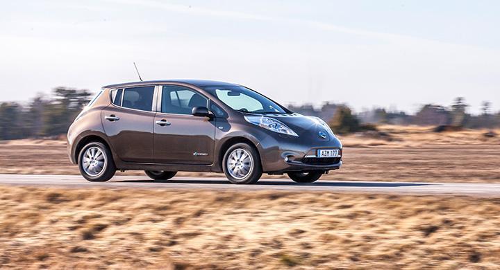 60 000 kronor i bonus om bilen är utsläppsfri, enligt nytt förslag. På bilden syns elbilen Nissan Leaf.